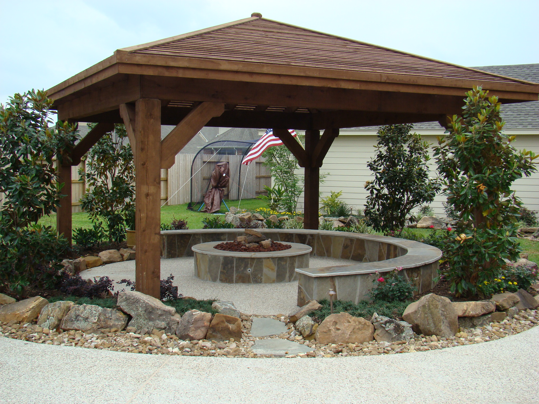 Arbor 9 with Fire Pit and Wall
